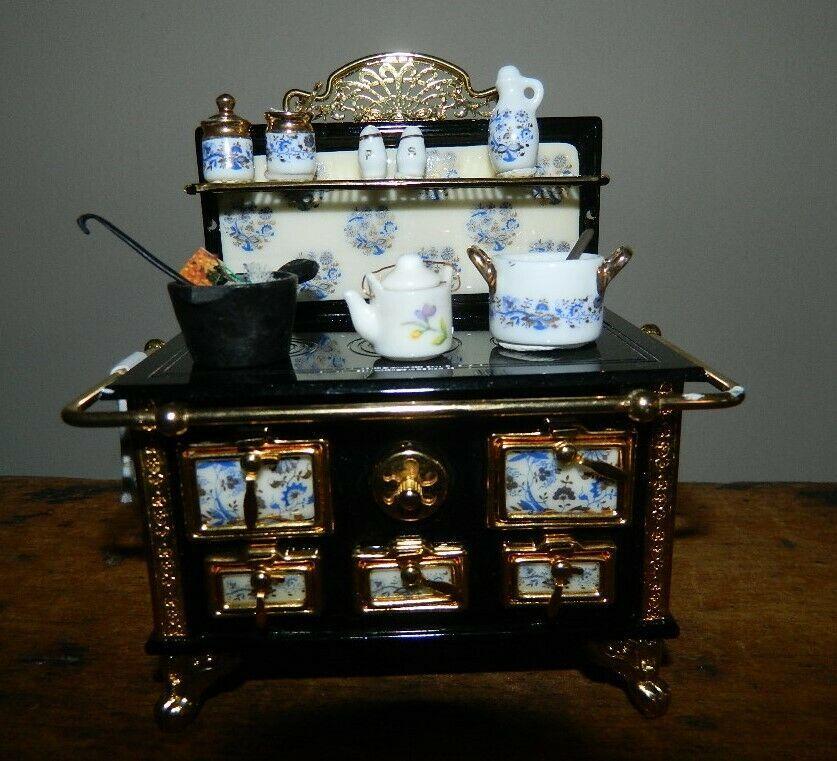 Best Reutters Blue White Porcelain Black Gold Stove Dollhouse 400 x 300
