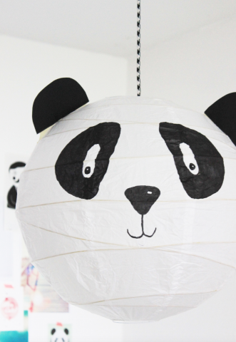 eine panda lampe f rs kinderzimmer panda lamp home kinderzimmer kinder. Black Bedroom Furniture Sets. Home Design Ideas