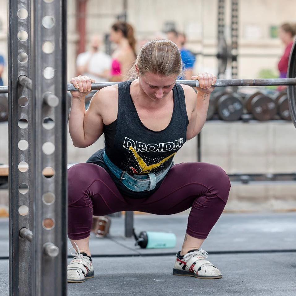 Paula .se_y, all the way from Austria, with a solid squat at the Starting Strength Seminar this week...