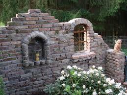 bildergebnis f r ruinenmauer aus alten abbruchziegeln hobby pinterest ruinenmauer garten. Black Bedroom Furniture Sets. Home Design Ideas