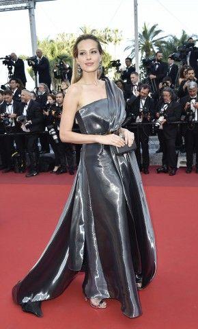 Cannes 2016. Gli angeli della lingerie infiammano il red carpet di Almodovar