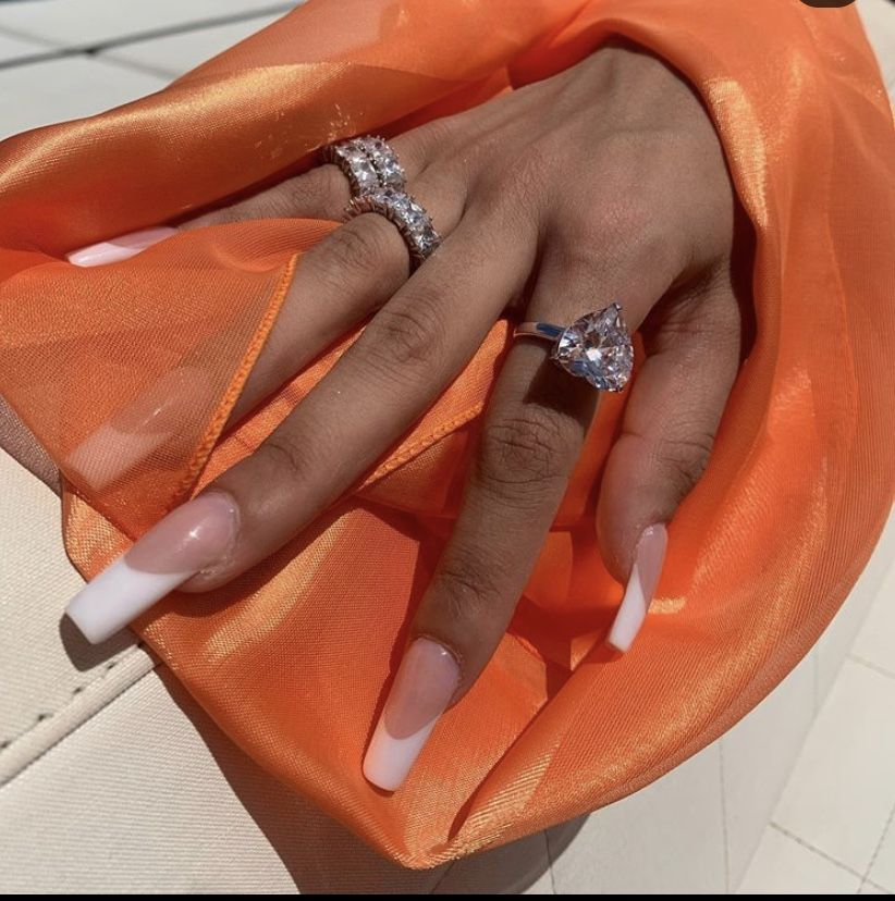 #nails #acrylicnails #nailideas #frenchstyle #jewelry #nailblogger