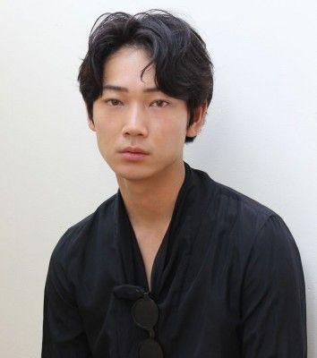 綾野剛の恋愛観は「楽しいことは0.5割。あとの9.5割はキツイことしかない」 - ライブドアニュース