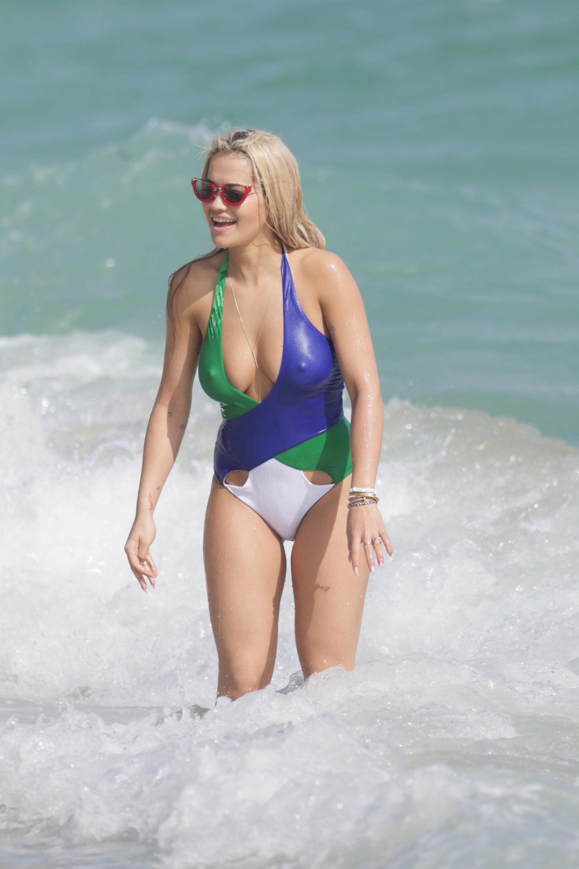Celebrity Rita Sahatciu Ora naked (84 photos), Pussy, Leaked, Twitter, panties 2018