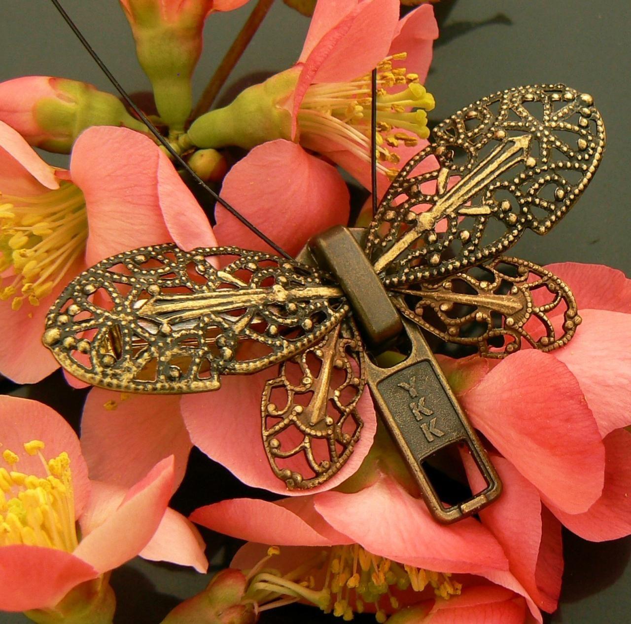 »✿❤Carleen❤✿« Steampunk Brooch - Zipper Brooch - Butterfly Brooch