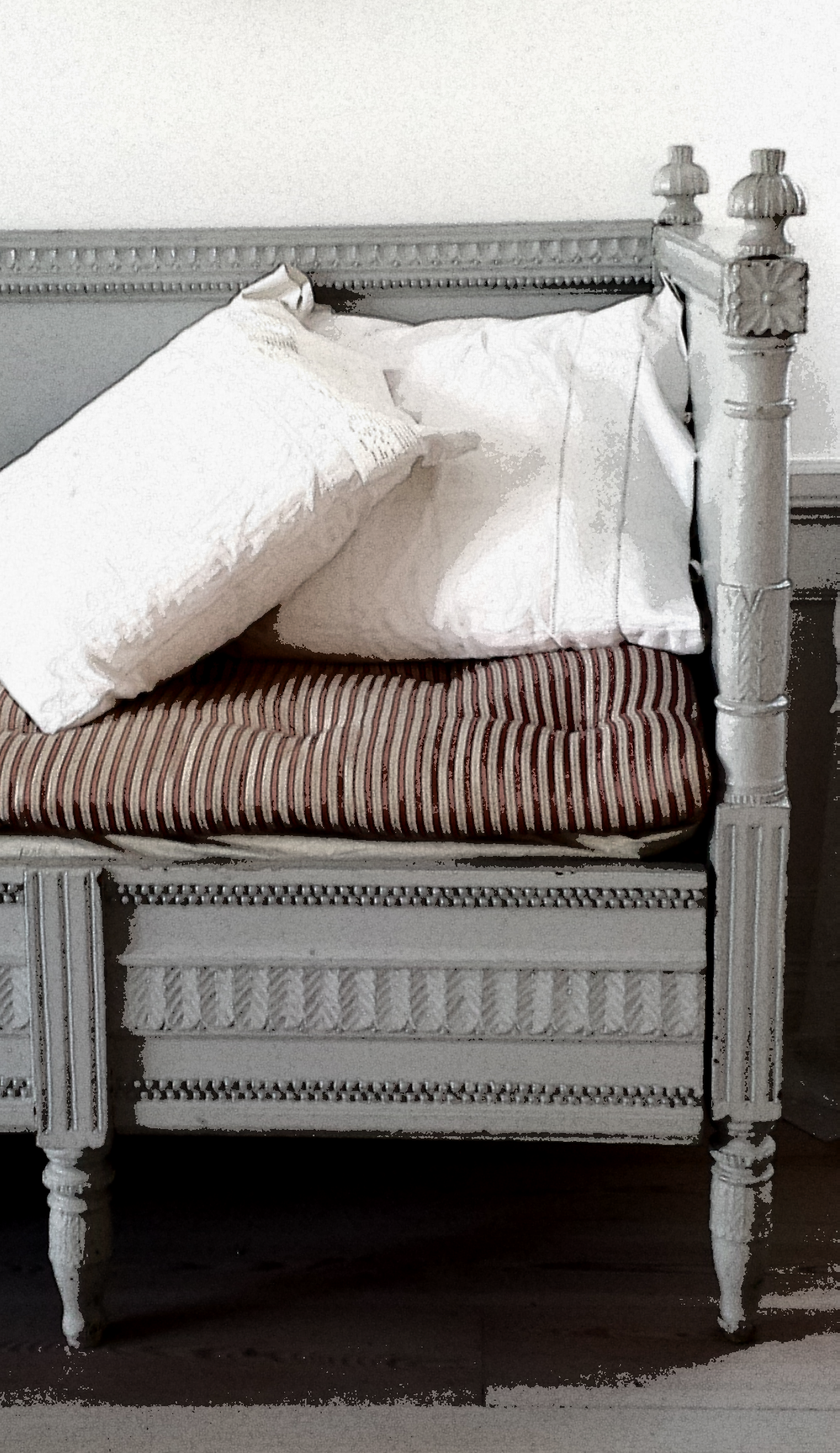 gustavian bed couch la petite maison de campagne shabby franz sischer landhausstil und. Black Bedroom Furniture Sets. Home Design Ideas