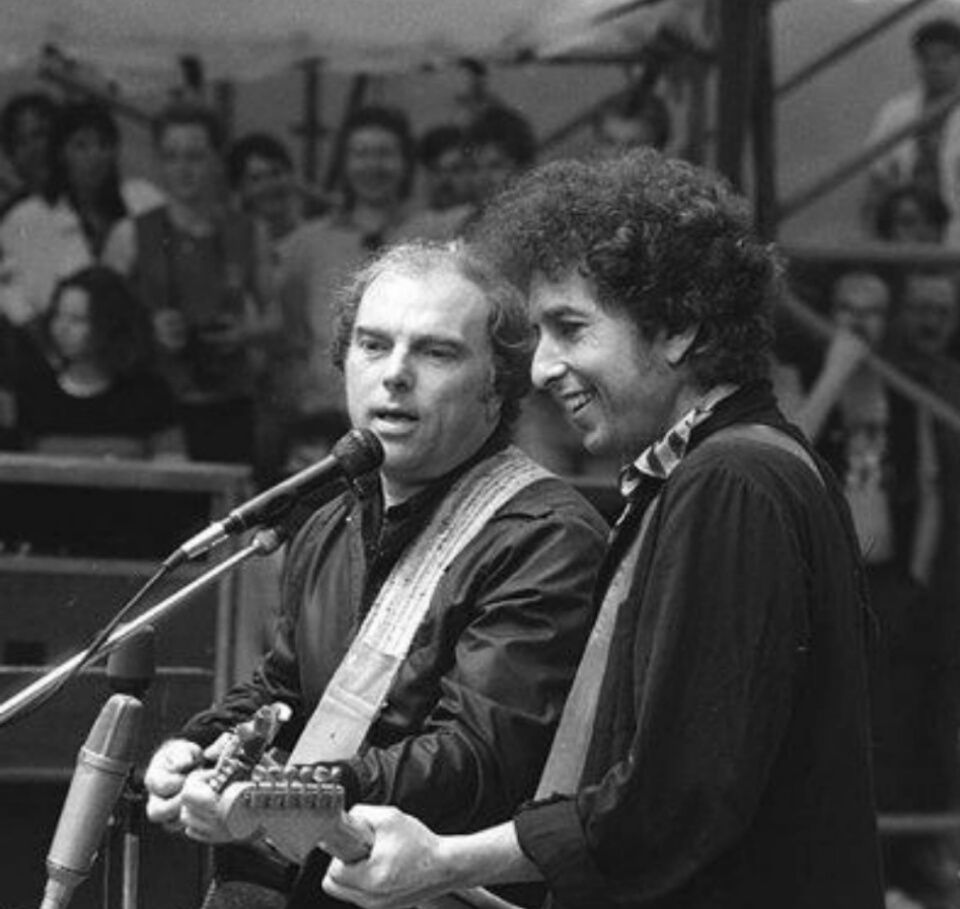 Bob Dylan on stage with Van Morrison. | Bob dylan lyrics, Bob dylan, Dylan