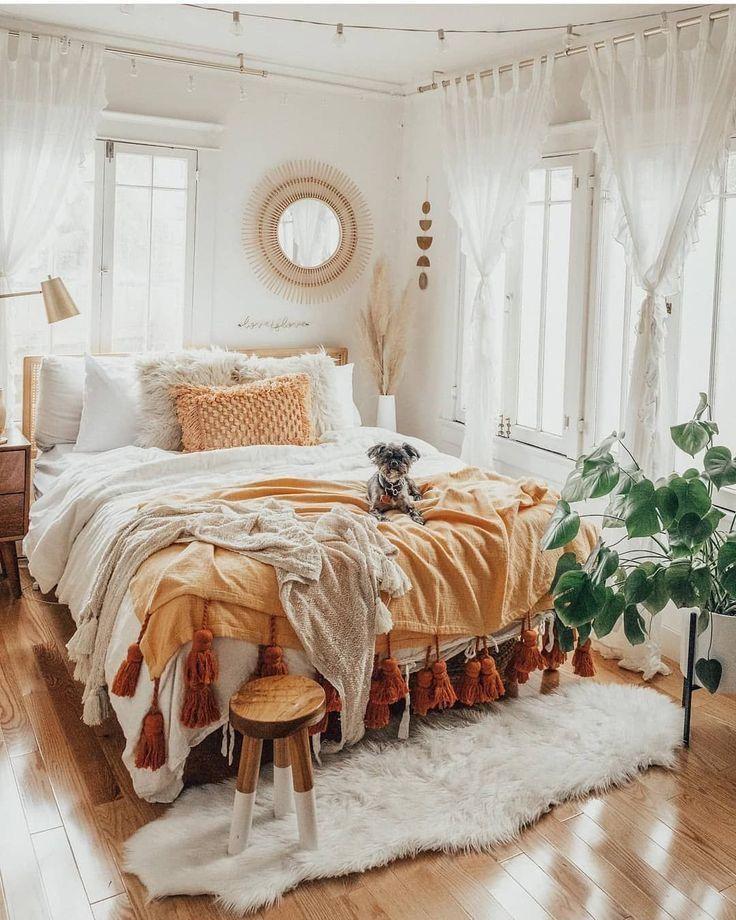 Boho bedroom interior | Bedroom decor design, Room ideas bedroom, Dorm room inspiration