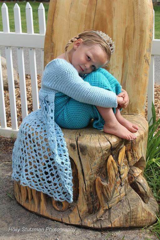 Elsa From Frozen Crochet Pattern!. - via @Craftsy