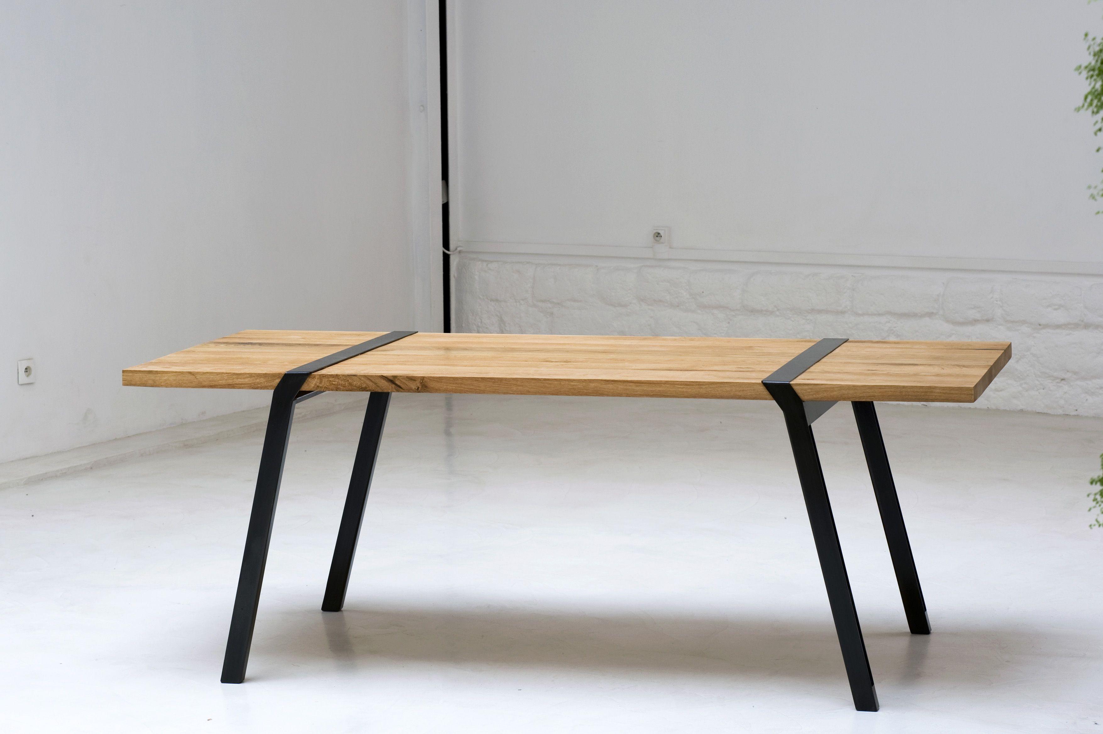 PI, un concept design et simple pour une table démontable ...