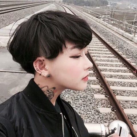 Pin by on korean boy pinterest ulzzang haircut styles and korean girl korean ulzzang ulzzang girl k fashion korea fashion tomboy outfits attractive people beautiful people short haircuts voltagebd Images