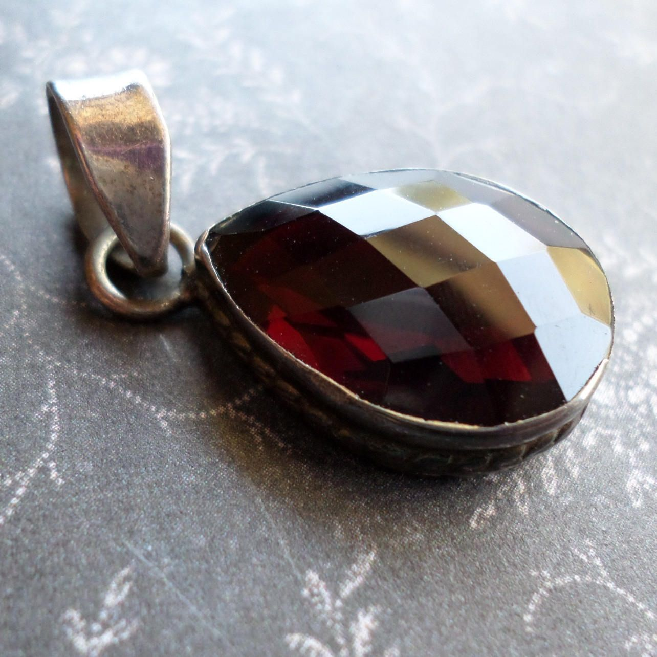 Vintage garnet pendant sterling silver wicca silver garnet vintage garnet pendant sterling silver wicca silver garnet pendant 925 silver garnet teardrop pendant witchcraft pagan love strength mozeypictures Image collections