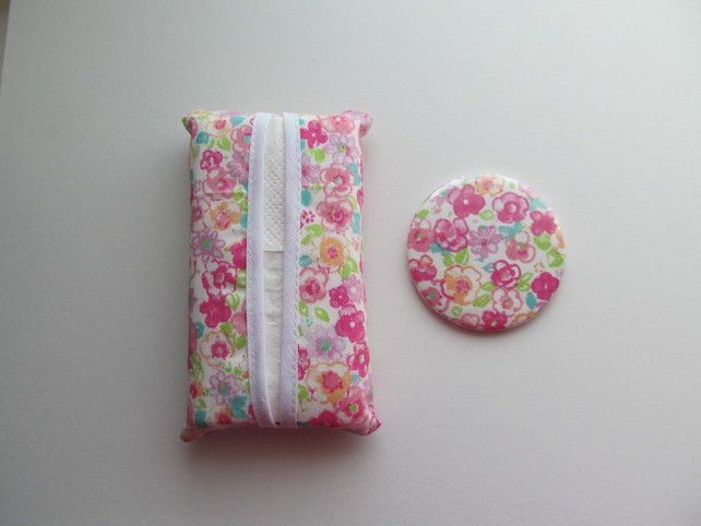 Pocket tissue tidy and mirror set floral £5.00