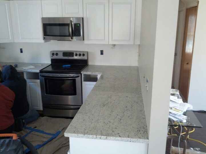 Best Kitchen Colonial White Granite White Cabinets 640 x 480