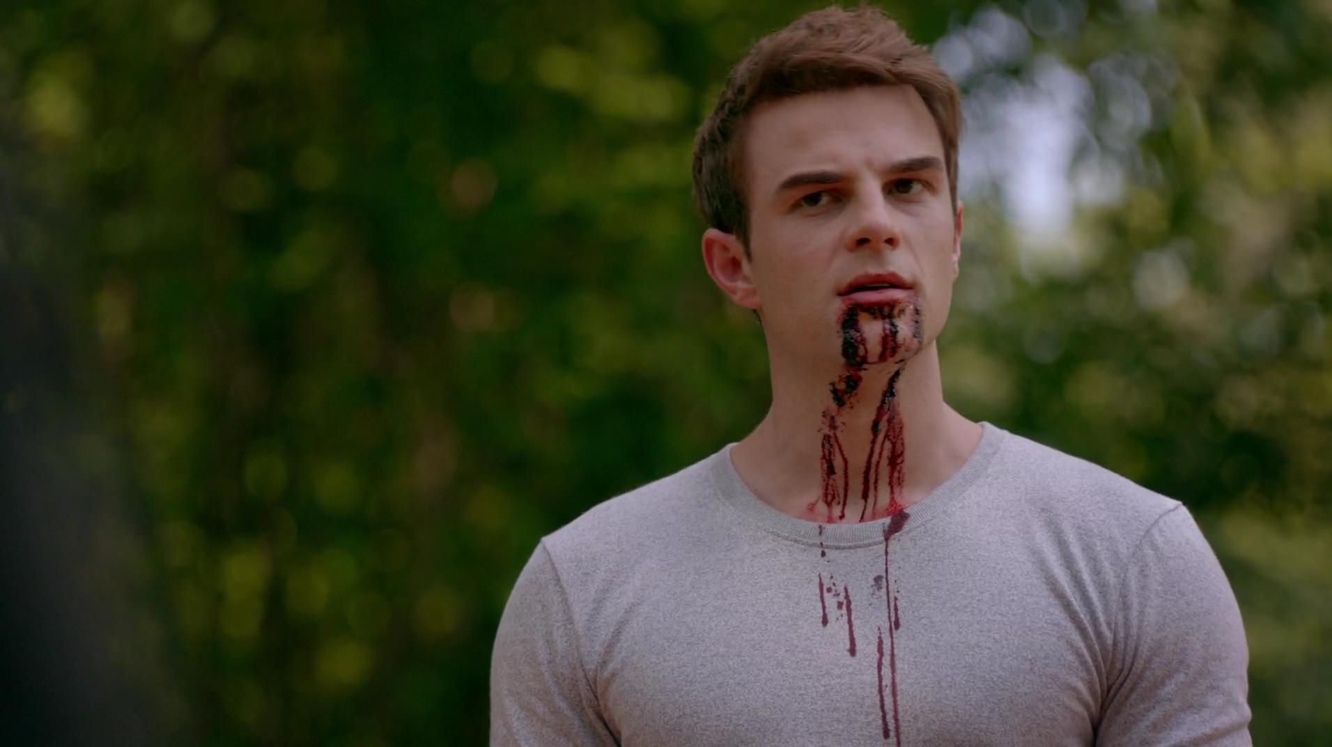 4.02 No Quarter - TO402 0126 - The Originals Screencaps | The originals, Vampire diaries the originals, Tvd