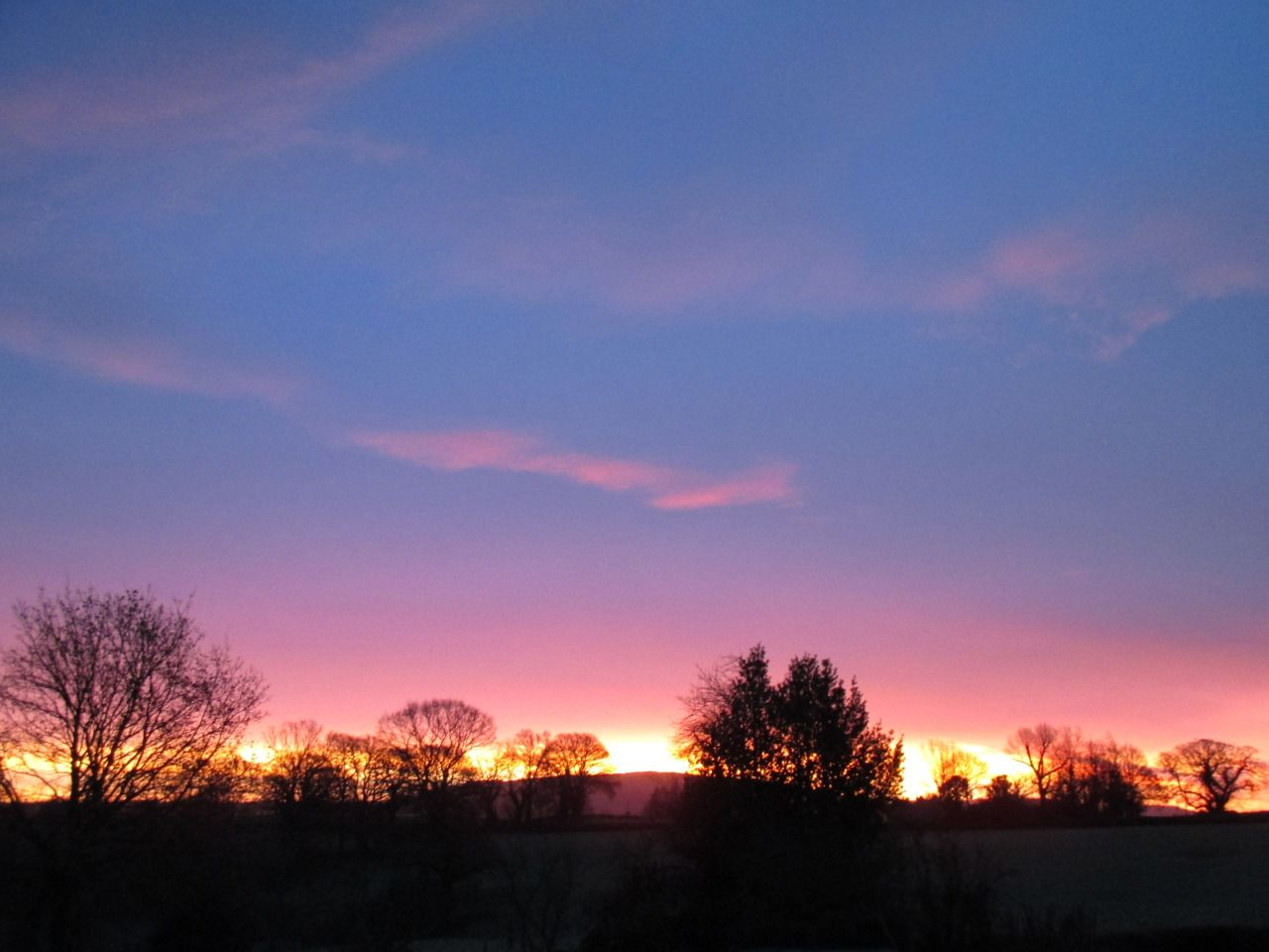 anthony-j-sargeant-tony-blog:  Sunrise in Shropshire by Anthony J Sargeant  Sunrise photographed from our Shropshire home in December 2014. This sensational dawn sky was photographed by Tony from the bedroom window of his home at 8.50 am n the middle of winter.   sensational sunset