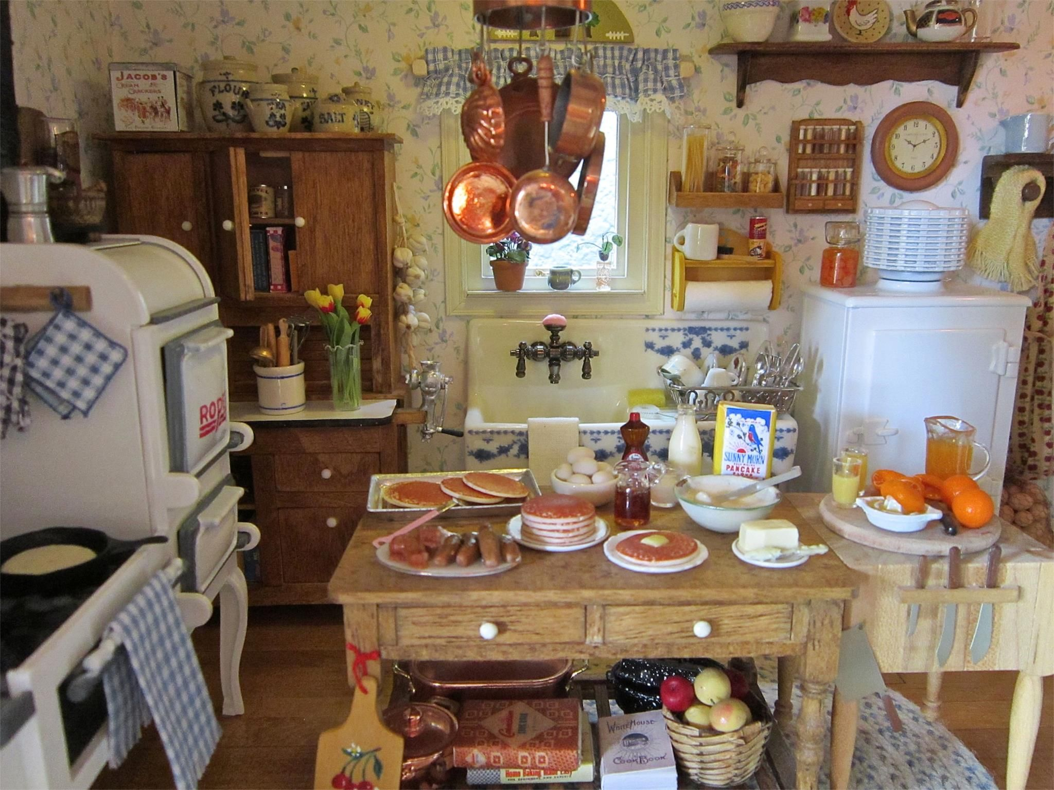 Cocinita de Kathleen Holmes. | Dollhouse - Interiors - Kitchen ...