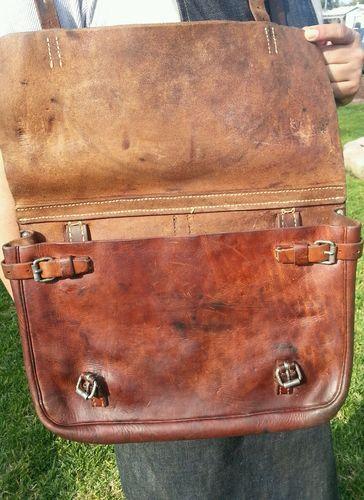 b6413acf15 WW2 era 1939 Vintage Swiss Army Leather Messenger bag.