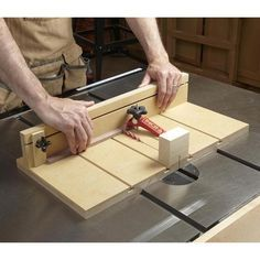 Small-parts Tablesaw Sled
