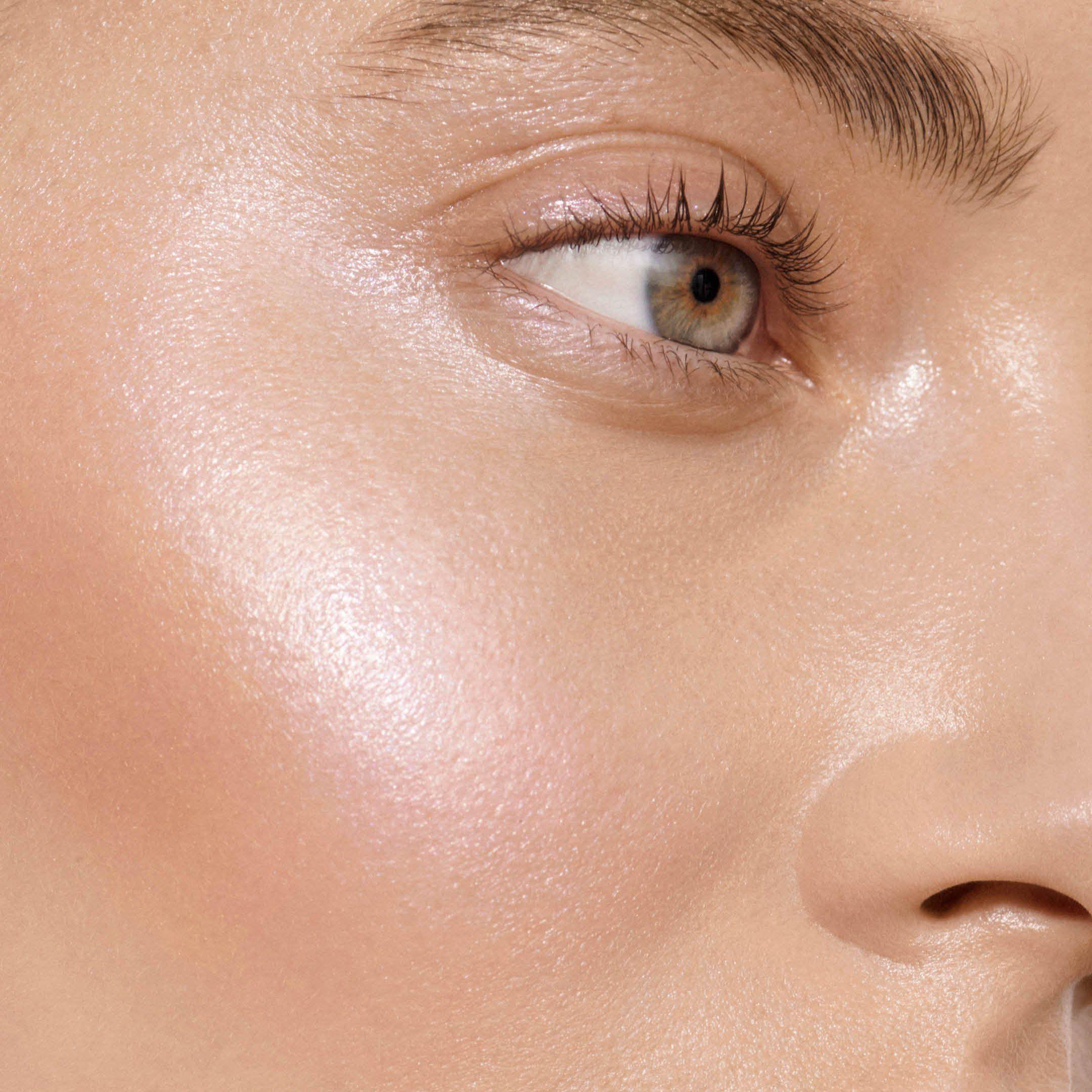 Super Loaded in 2020 Make eyes pop, Makeup artist kit