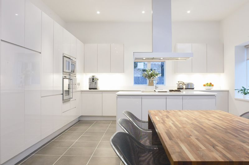 contemporary kitchen designs using parapan   high gloss doors in alpine white  contemporary kitchen designs using parapan   high gloss doors in      rh   pinterest com