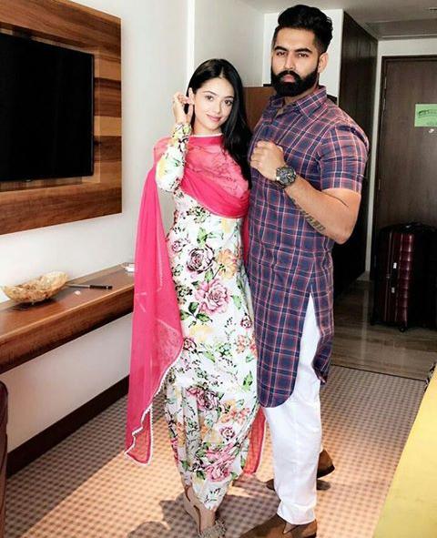Pin By Amrit Pavneet Sahi On Wedding Wear In 2019 Indian