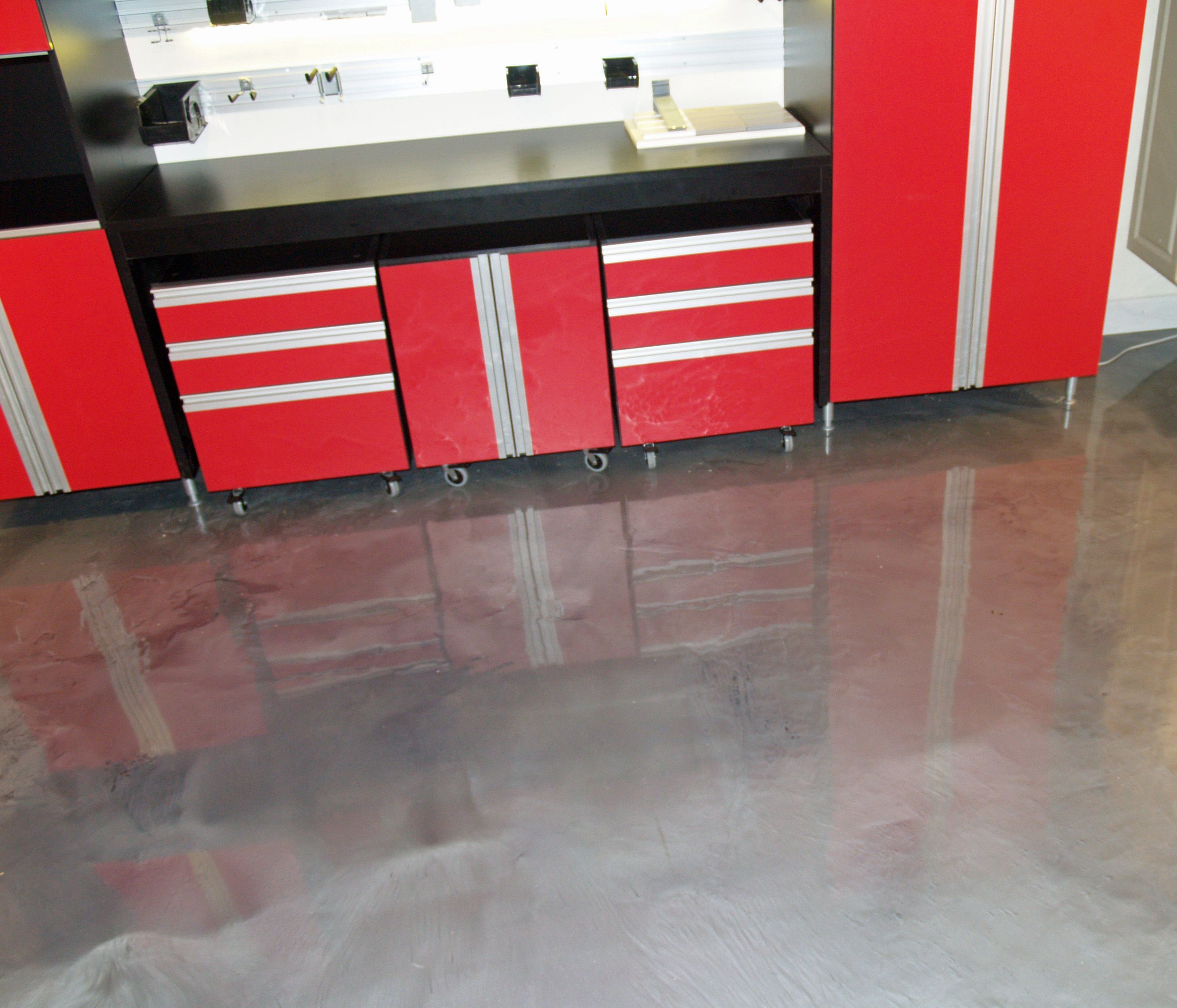 Metallic epoxy floor coatings are a hot new trend that is slowly