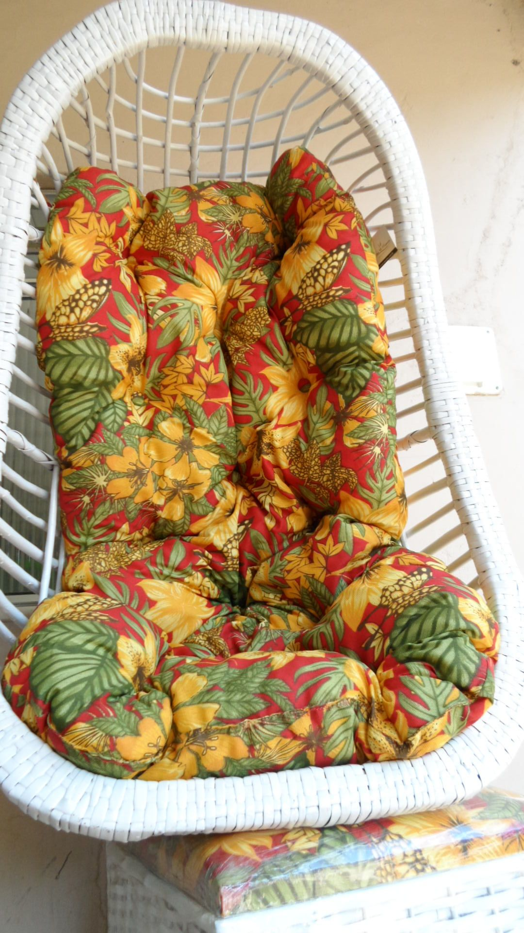 Swing Chair Lagos Cow Hide Chairs Cadeira De Balanço Teto Vime Branco Com Almofada Floral