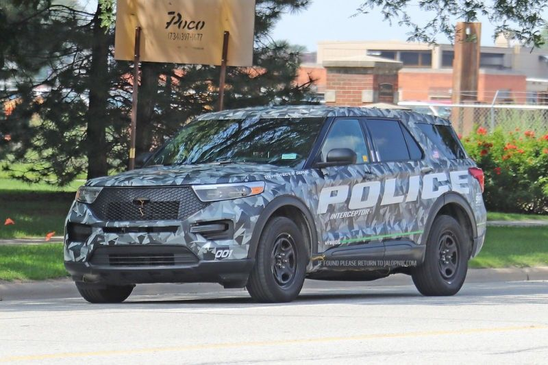 2020 Ford Police Utility Release Date And Concept In 2020 With Images Ford Police Police Police Cars