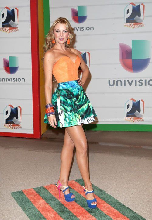 Check Out All The Fashion & The Style At Premios Juventud http://bravechica.com/2013/07/20/fashion-from-premios-juventud-la-moda-en-los-premios-juventud/ #premiosjuventud @BraveChica
