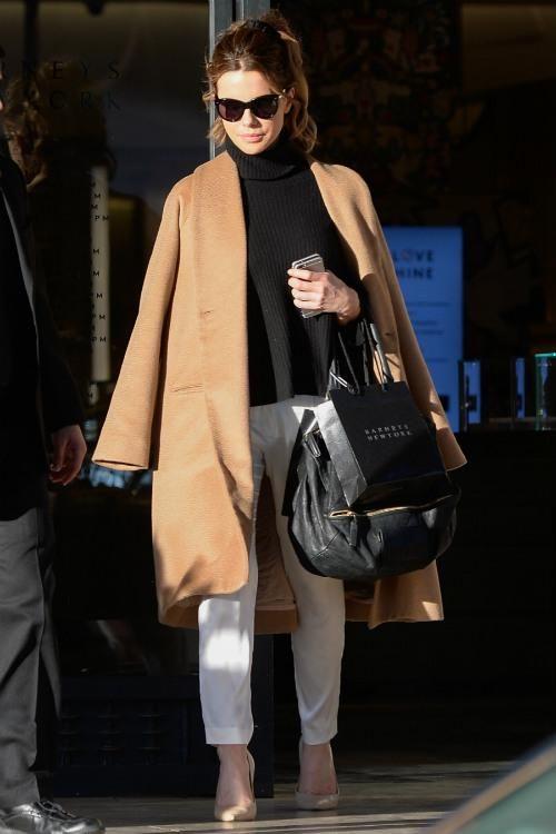 December Los Angeles Kate Beckinsale 192016Nejet 34LqR5AjSc