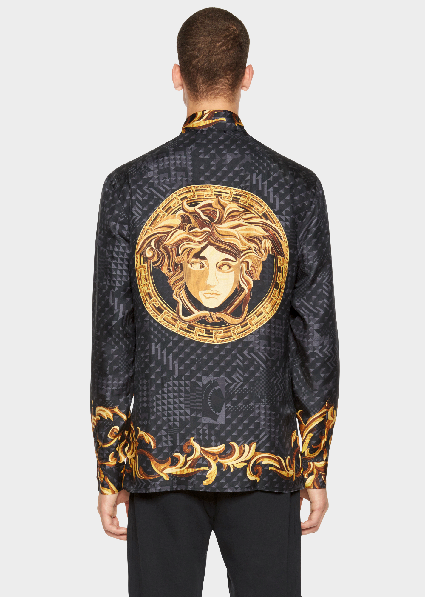 Versace. Long-sleeved, regular fit, button-down silk shirt, with cuffed  sleeves in Intarsia Foulard print. December 2016. 7a093f680b7
