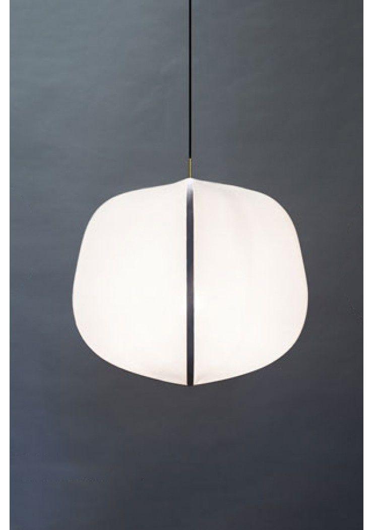 Wij Hebben Het Product Online Ontdek Ons Assortiment Op De Vernieuwde Webshop 24 7 Shoppen Bring The World Into Your Hom In 2020 Hangende Lampen Hanglamp Messing