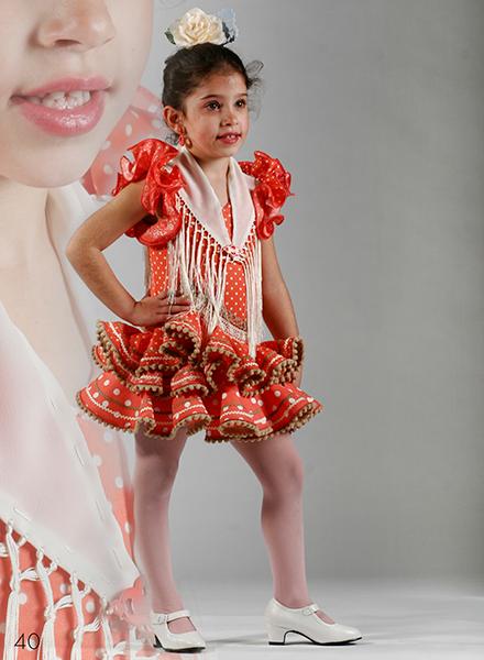 8b7054e8b Trajes de flamenca niña Luna con dos volantes. Son vestidos de gitana cortos  con dos