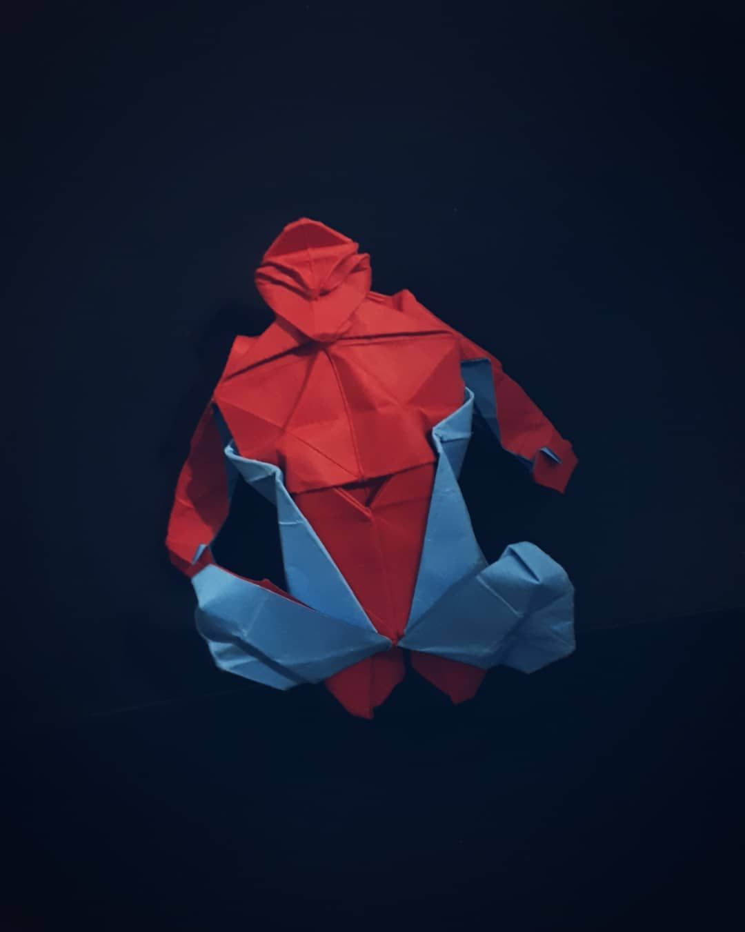 Origami Spiderman By Juanfran Carrillo Fold By Me I Fold This Model Because I M A Big Fan Of Marvel Comics And F Origami Artist Origami Usa Origami Man