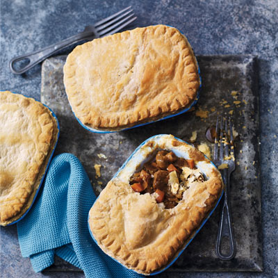 Steak and carrot pie - make in foil trays and freeze ...