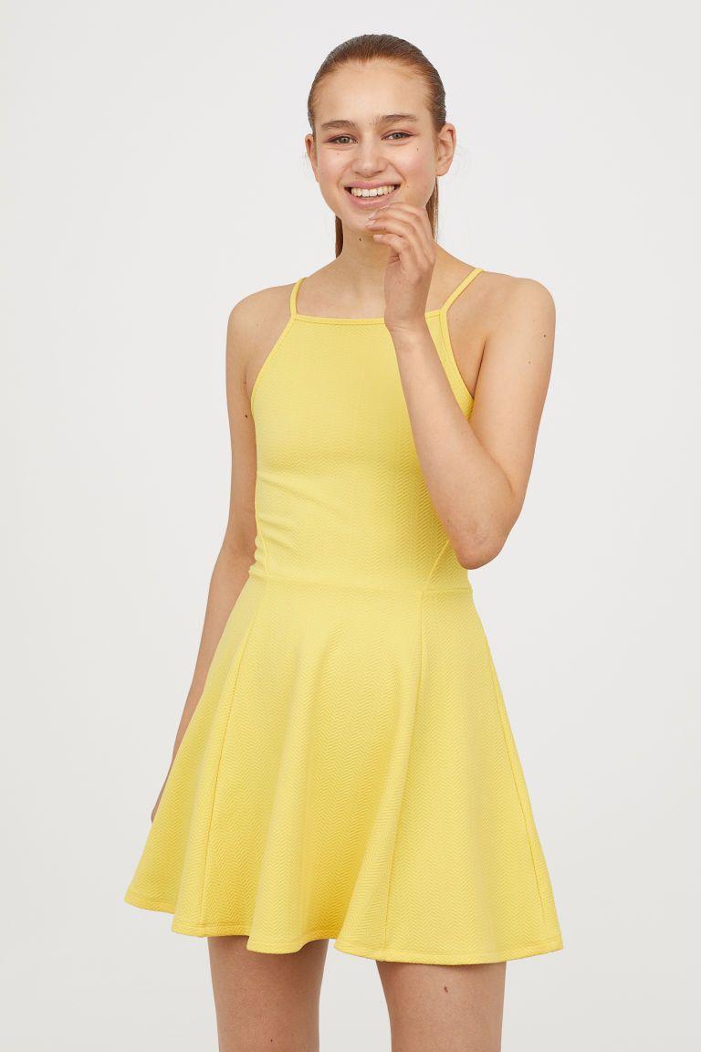 Pin By Emma Hooks On Disney Bounding Jersey Dress Dresses Short Dresses [ 1152 x 768 Pixel ]