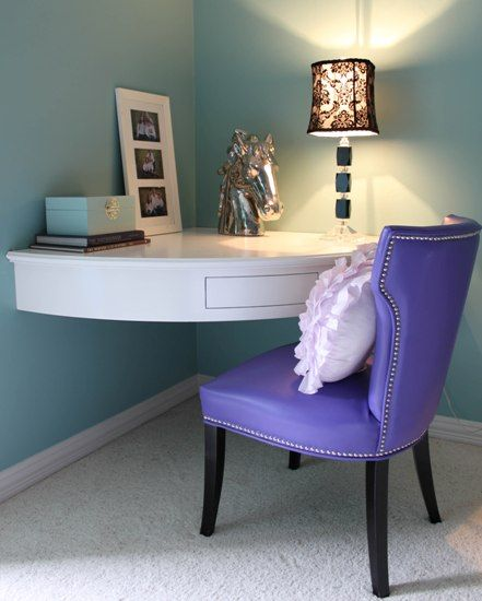 Bedroom Corner Desk: Corner Built-in Desk For Small Rooms