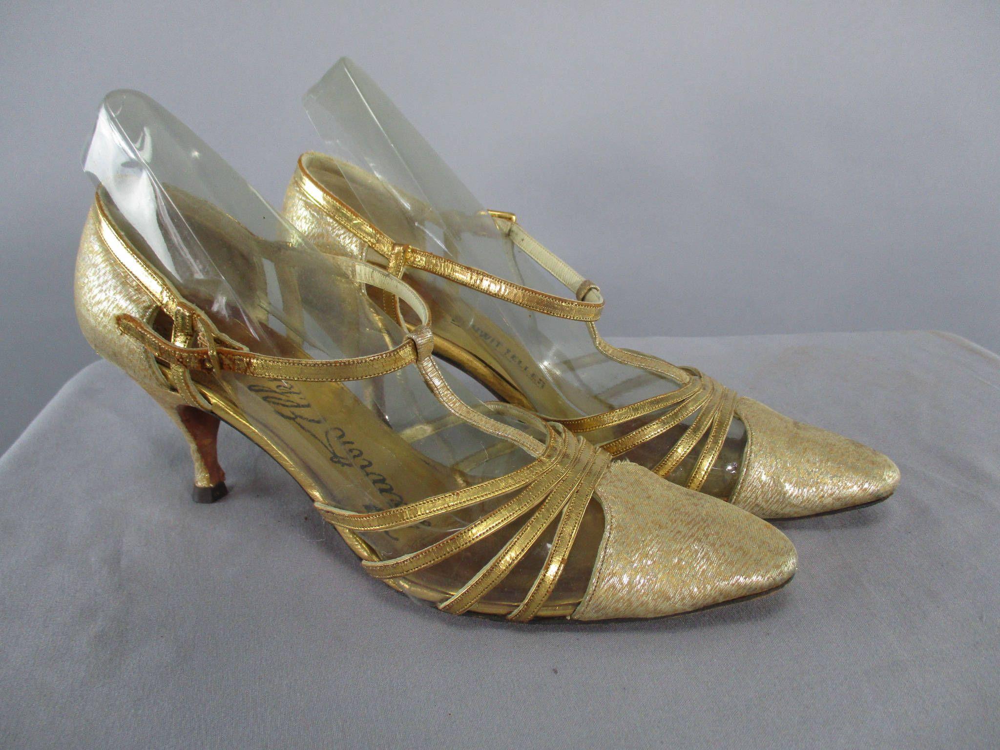ec258d6a3886a 60s Golds Shoes Lame Lurex Pumps, 1960s Kitten Hell Shoes 1960 ...