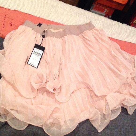 "Pink BCBG ""Jaylin"" skirt Very cute perfect for summer BCBG skirt! BCBGMaxAzria Skirts"