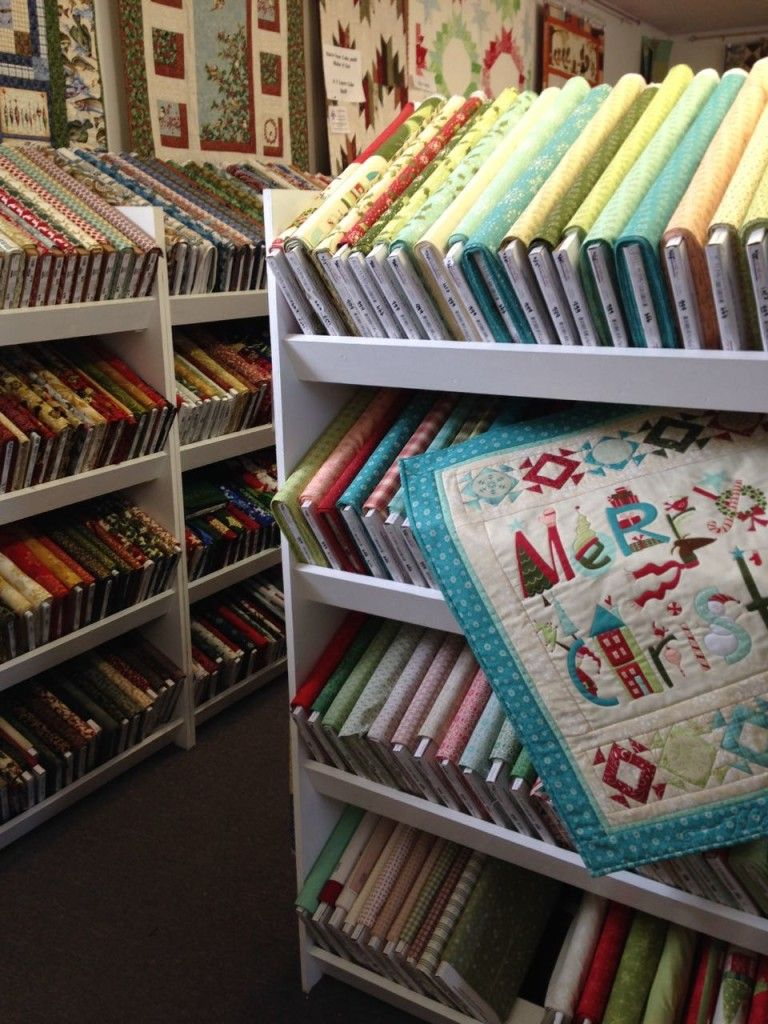 Featured Shop Fabric Shack Of Waynesville Ohio Xmas Quilts