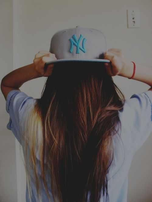 Girl with a Cap \u003d Swag.