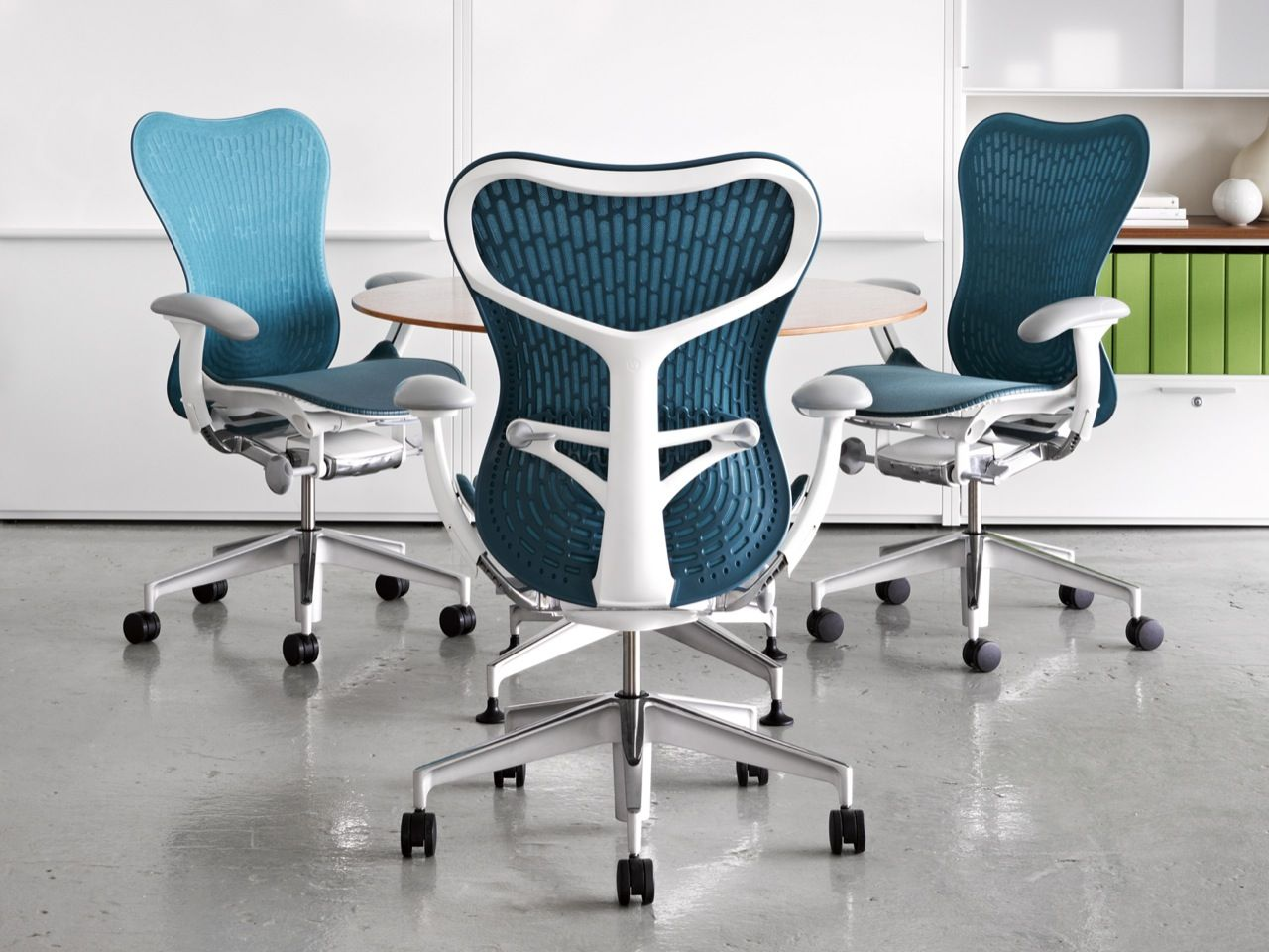 Mirra 2 Task chairs designed by Studio 7.5 for Herman Miller ...