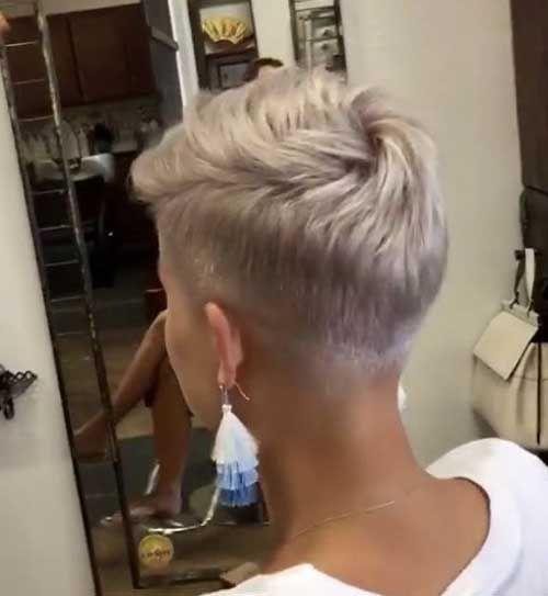 30 Neue Sehr Kurze Frisuren Fur Frauen Shorthairstyles Hairstyles Haarschnitt Kurz Haarschnitt Frisuren Kurz