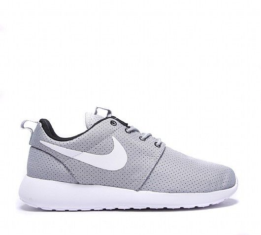 Nike Womens Roshe Run Perforated Trainer  998860dac7
