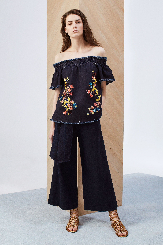 Fashion show 2018 dress styles