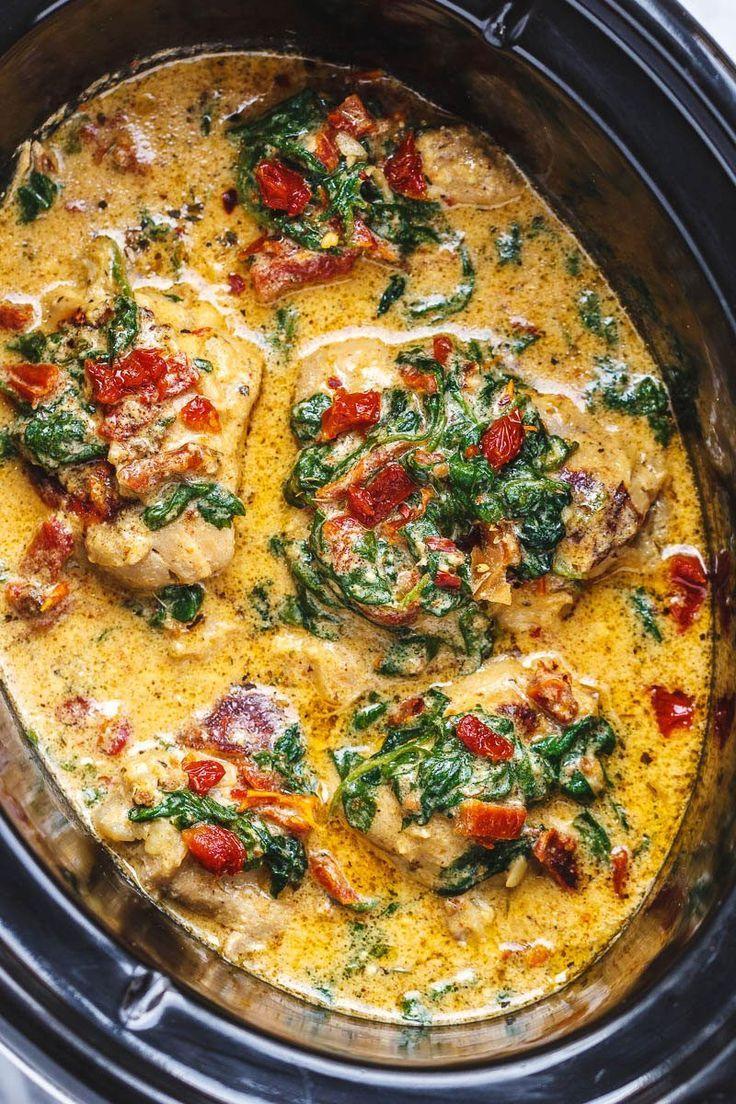CrockPot toskanisches Knoblauchhuhn mit Spinat und sonnengetrockneten Tomaten #easydinnerrecipes