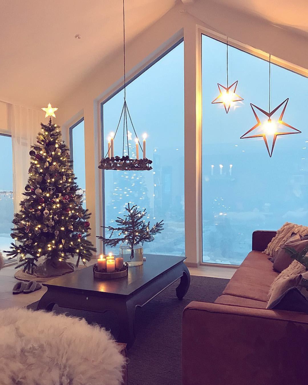 4 482 Likes 77 Comments Malene Foss Husefjell On Instagram God Morgen Mimrer Tilb Christmas Decorations For The Home Christmas Home Winter Home Decor