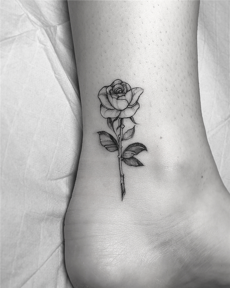 20 Pretty Rose Tattoo Ideas For Women To Copy 2020 Women Fashion Lifestyle Blog Shinecoco Com Small Tattoos Rose Tattoos Neck Tattoo