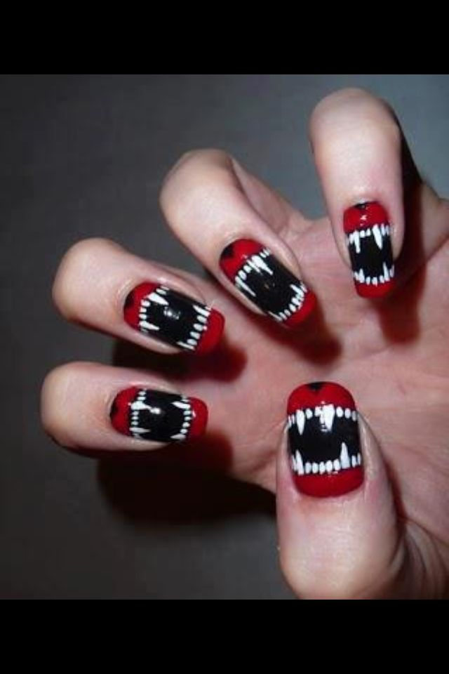 A great idea for helloween nails jjsisters halloween nail designs looking for some spooky and fun nail art ideas for halloween were bringing you 30 amazing halloween nail art ideas that are easy to do and fun to wear solutioingenieria Image collections